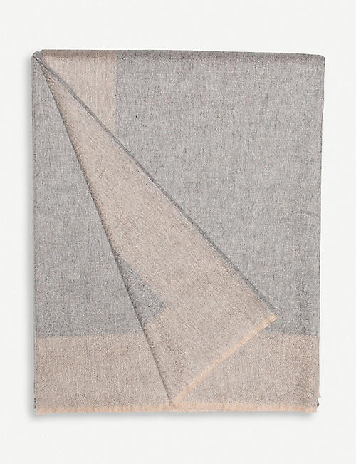 BEGG & CO. Arran Border cashmere throw 150cm x 200cm