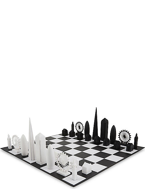 SKYLINE CHESS: London chess set