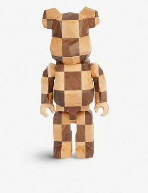 BE@RBRICK Karimoku x Fragment Design 400% figure