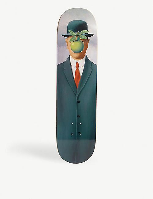 2a86c7ca0decd THE SKATEROOM René Magritte s  Le fils de l homme  skateboard
