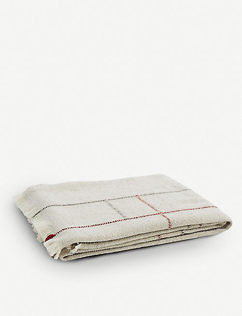 TEIXIDORS: Apt fringed wool throw 140cm x 180cm