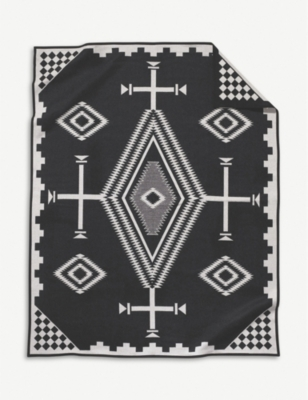 PENDLETON Los Ojos wool and cotton-blend blanket 163cm x 203cm