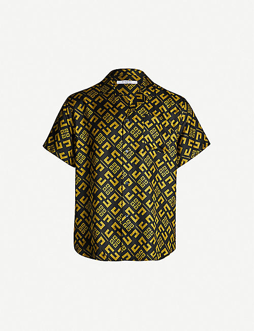 f99059e0 Givenchy Men's - T-shirts, backpacks, shirts & more | Selfridges