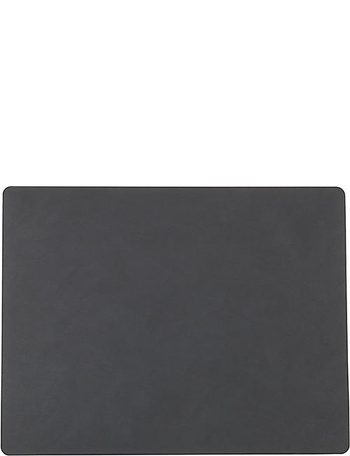 LIND DNA: Square nupo anthracite table mat