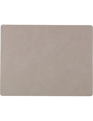 LIND DNA: Square nupo light grey table mat