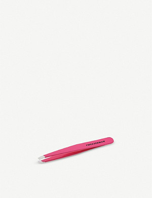 TWEEZERMAN Pretty in Pink Slant tweezer