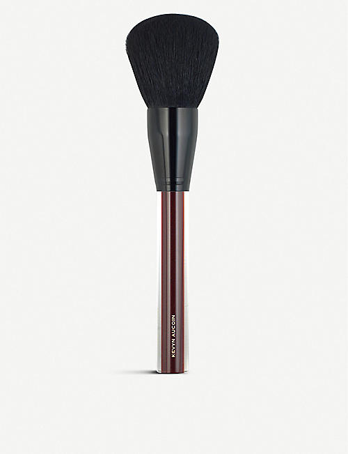 KEVYN AUCOIN The Large blush and powder brush