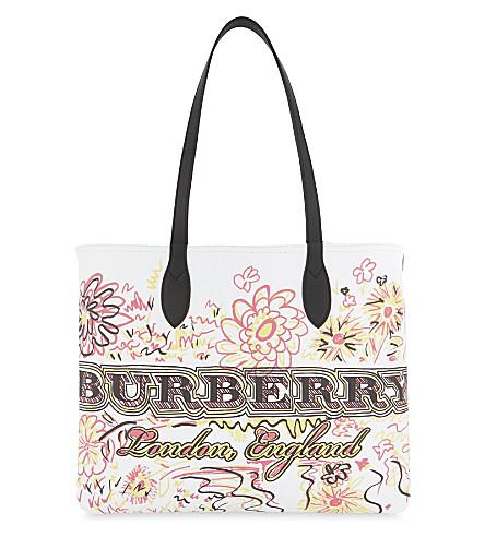 19d77ae4a16d BURBERRY - Doodle flowers reversible canvas tote