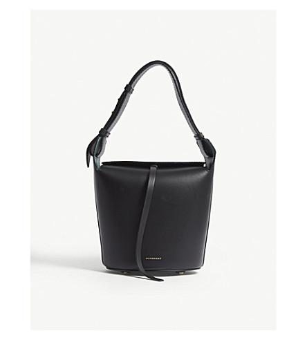 7ad9fb73fff3 ... BURBERRY Small leather bucket bag (Black. PreviousNext