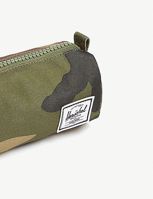 HERSCHEL SUPPLY CO Settlement camouflage canvas pencil case