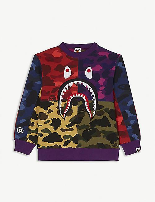 0abc81c94666 A BATHING APE Shark camouflage cotton sweatshirt 4-8 years