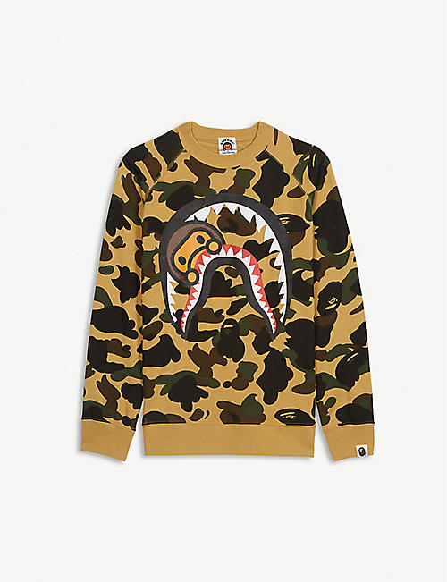 A BATHING APE Milo in shark print camouflage cotton jumper 4-8 years