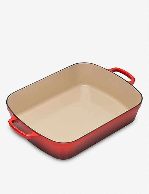LE CREUSET: 33cm enamelled cast iron roasting tray