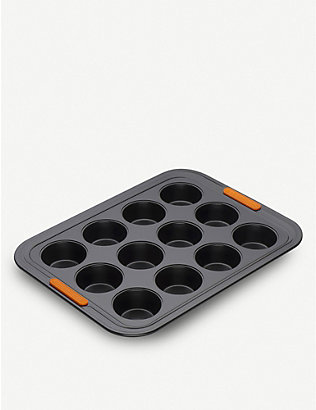 LE CREUSET: Non-stick 12-cup muffin tray