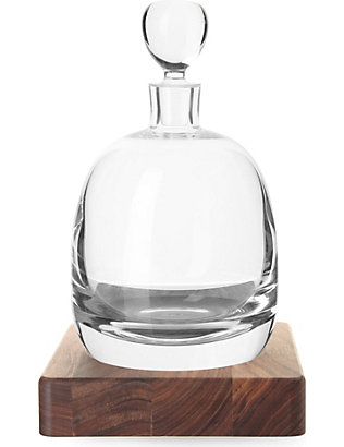 LSA: Islay whisky decanter and base