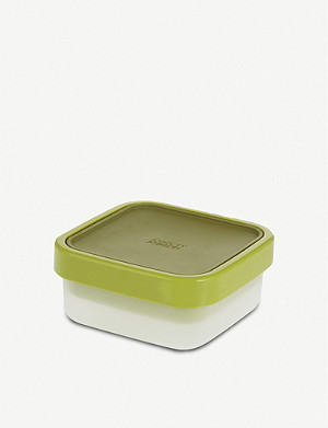 JOSEPH JOSEPH GoEat space-saving salad box