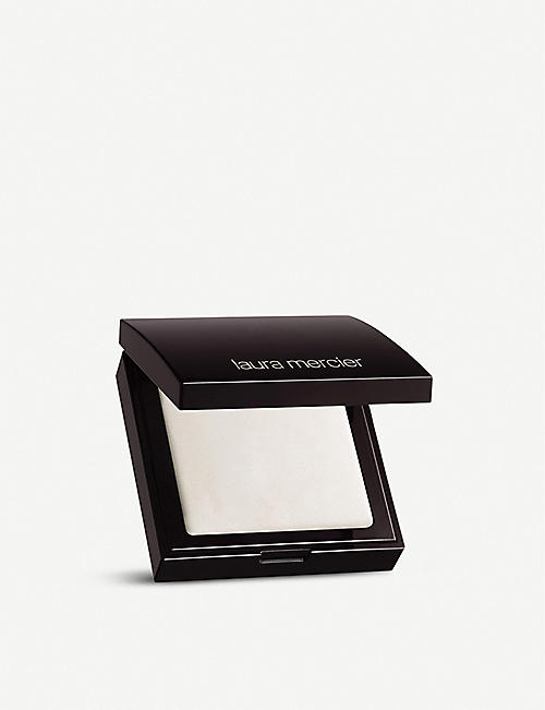 LAURA MERCIER 眼部3.5 克下的秘密模糊粉饼
