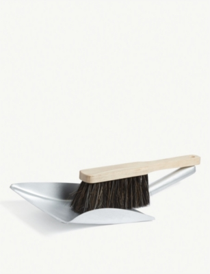 GARDEN TRADING Steel and beech dustpan and brush