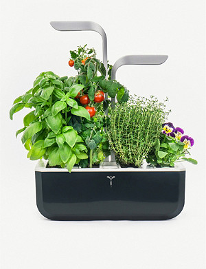 VERITABLE Smart Garden indoor planter