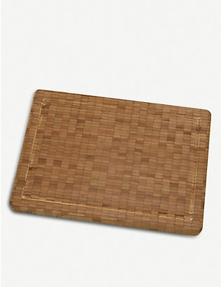 ZWILLING J.A HENCKELS: Medium bamboo chopping board