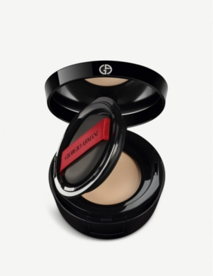 GIORGIO ARMANI Power Fabric Compact
