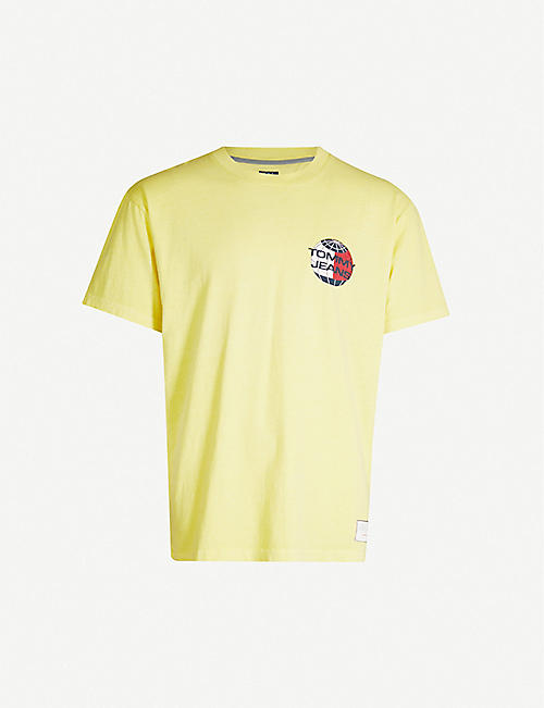 8fedd54e TOMMY JEANS Logo-graphic cotton-jersey T-shirt