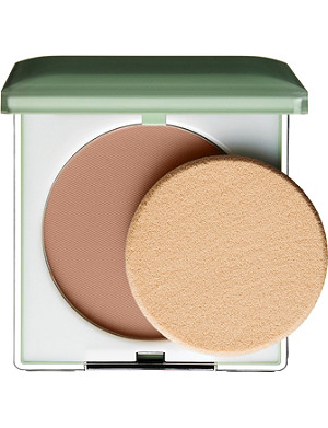 CLINIQUE Stay–Matte Sheer Pressed Powder