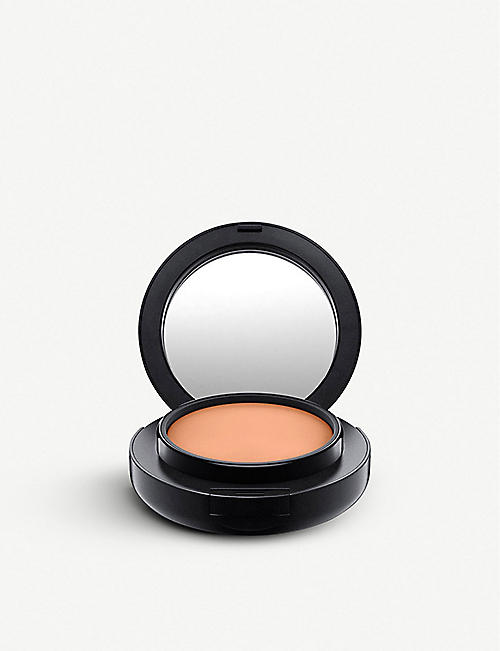 MAC: Studio Tech 10g