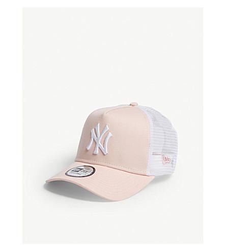 ... NEW ERA New York Yankees trucker snapback cap (Pink+lemonade+white.  PreviousNext 87d7e2590203