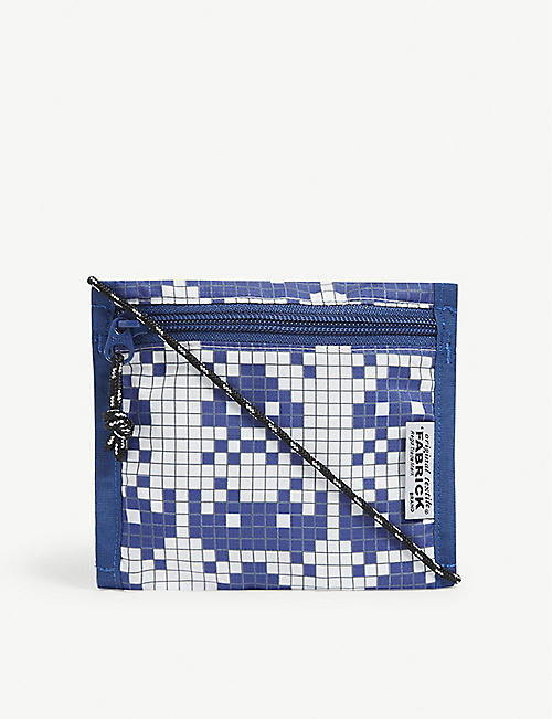 FABRICK: Space Invader small flat shoulder case