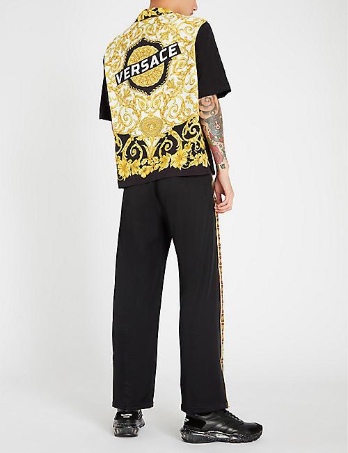 b7219b91aa4f VERSACE Baroque-print regular-fit woven shirt