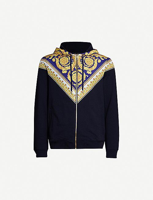275db49199cec VERSACE Baroque print-panelled cotton-jersey hoody