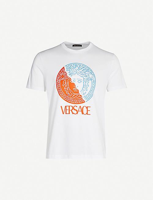 77749d528f91 VERSACE Medusa-print cotton-jersey T-shirt