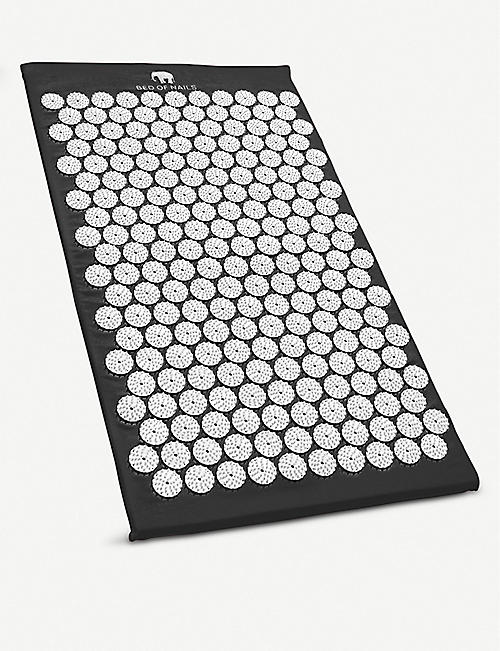 BED OF NAILS: Bon Acupressure Mat