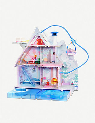 L.O.L. SURPRISE: Winter Disco Chalet Doll House