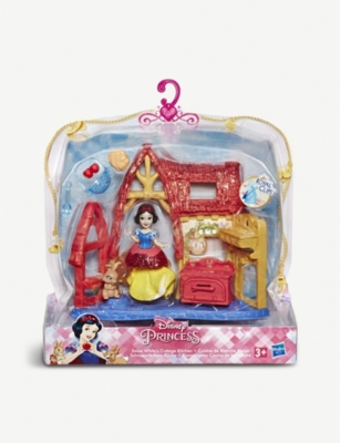 DISNEY PRINCESS Snow White's Cottage Kitchen play set