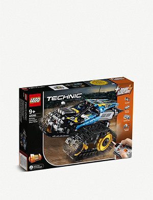 LEGO Technic Remote-Controlled Stunt Racer set