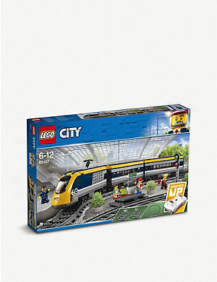 LEGO: LEGO® 60197 Passenger Train set