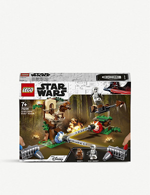 LEGO 75238 Star Wars Action Battle Endor Assault set