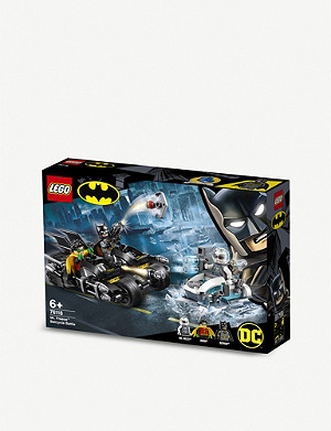 LEGO LEGO® DC Super Heroes Batman Mr. Freeze Batcycle Battle set