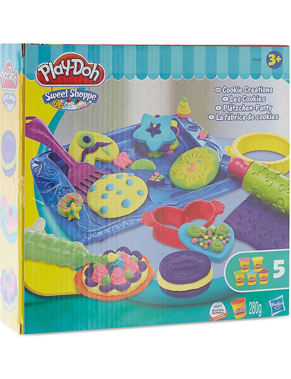 Weihnachtsplätzchen International.Playdoh Cookies Playset Selfridges Com