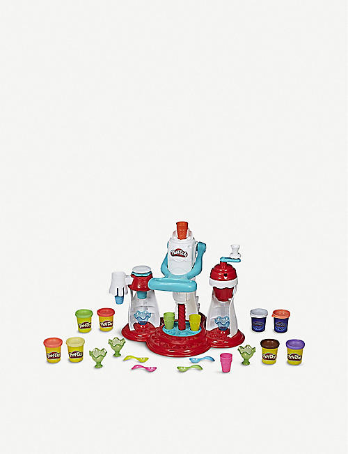 PLAYDOH Kitchen Creations Ultimate Swirl ice cream maker modelling clay set