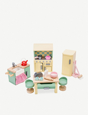 LE TOY VAN Daisy Lane kitchen furniture set
