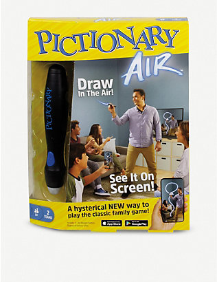 BOARD GAMES: Pictionary Air board game