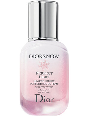 DIOR Diorsnow Perfect Light Skin-Perfecting Liquid Light SPF 25 30ml