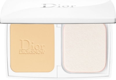 DIOR Diorsnow Compact Luminous Perfection Brightening Foundation SPF 20 PA+++