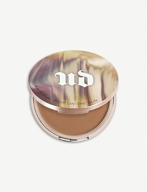 URBAN DECAY Naked Skin One and Done Blur on the Run Touch-Up & Finishing Balm