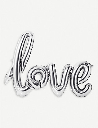 TALKING TABLES: Foil love balloon wedding decoration 75cm