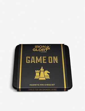 LUCKIES OF LONDON Iron & Glory Game On magnetic chess set