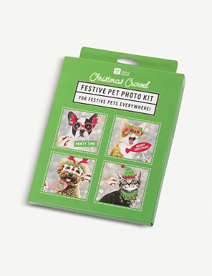 TALKING TABLES Festive Pet Photo Booth kit